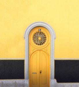 door, front door, entry, entryway, staging the entry, painted door